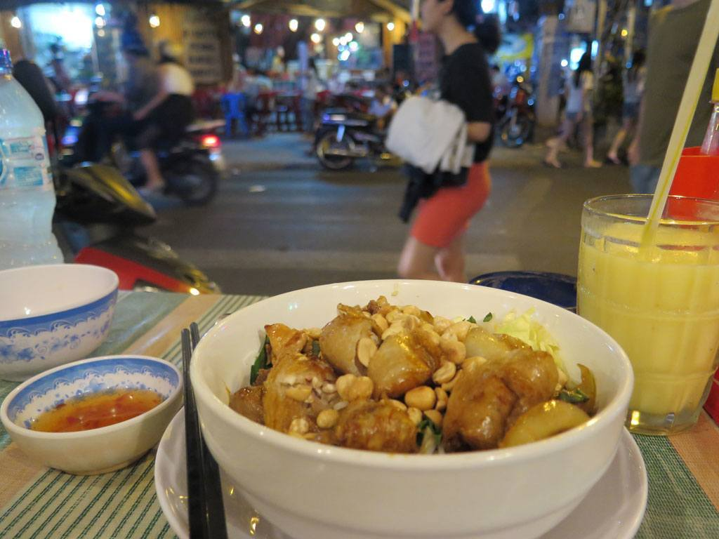 Street food - Ho Chi Minh City (Saigon)